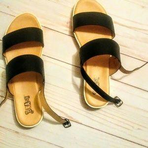 Brash women  7.5 black strap sandals